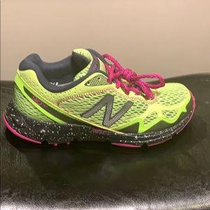Brand new! New Balance trail women's size 8